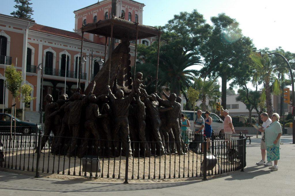 monumento a la Virgen del Rocio (3)